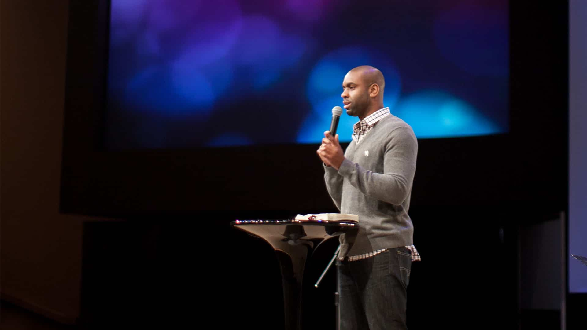 2 Creative Ideas For Showing Quotes In Your Sermon Presentation